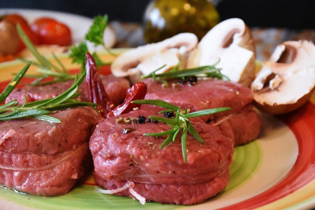 mangiare carne rossa fa bene